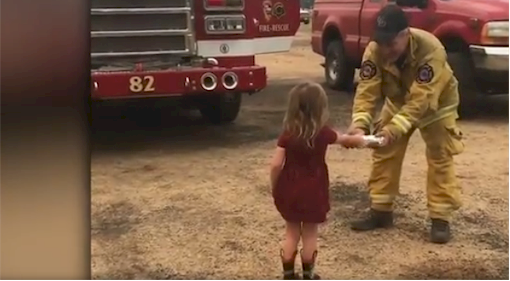 2-year-old distributes burritos to Carr fire-fighters