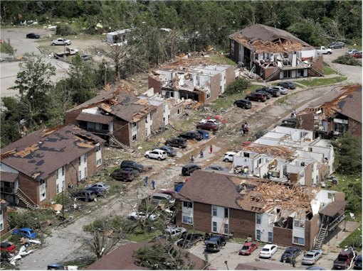 Missouri Tornado: People Trapped As Damage Left Behind